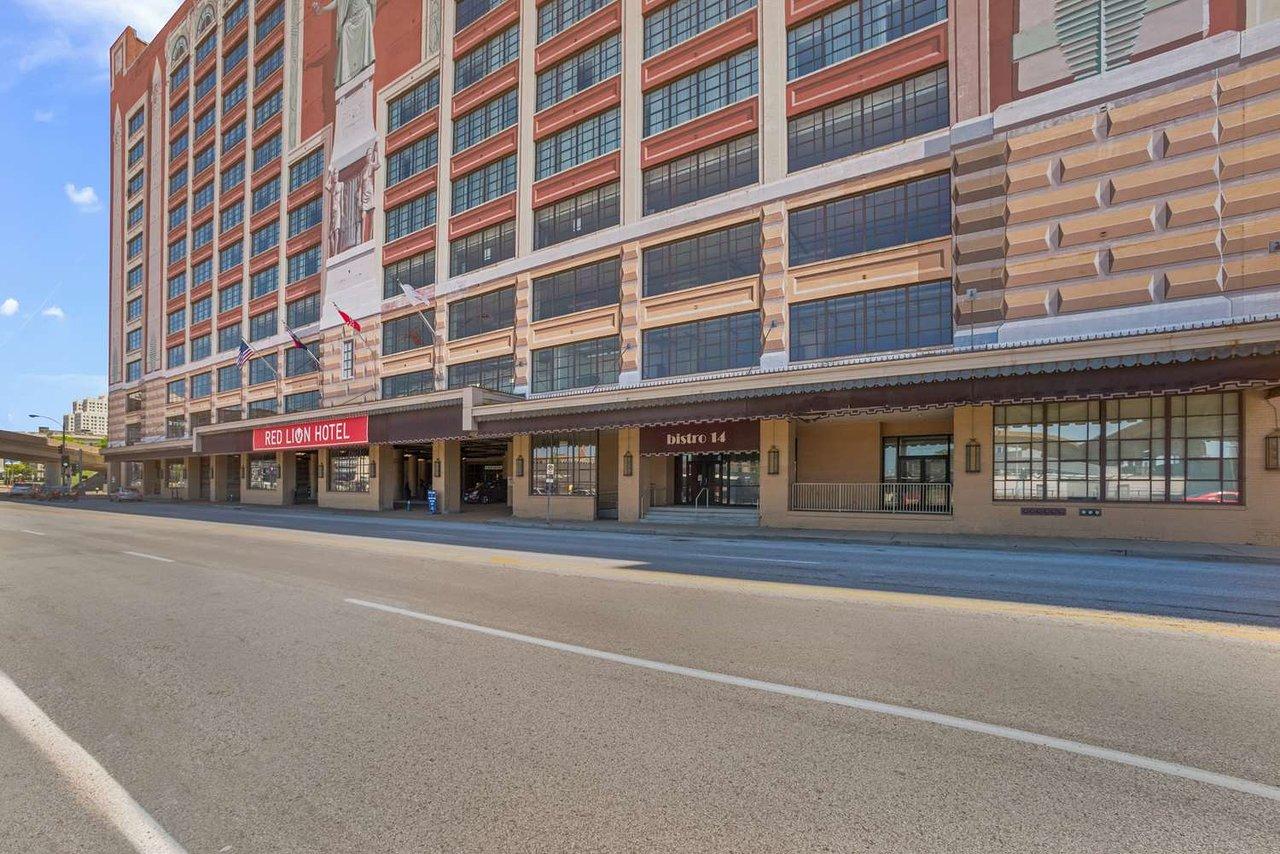 Enterprise Brentwood Mo >> The 10 Closest Hotels To Enterprise Center Saint Louis