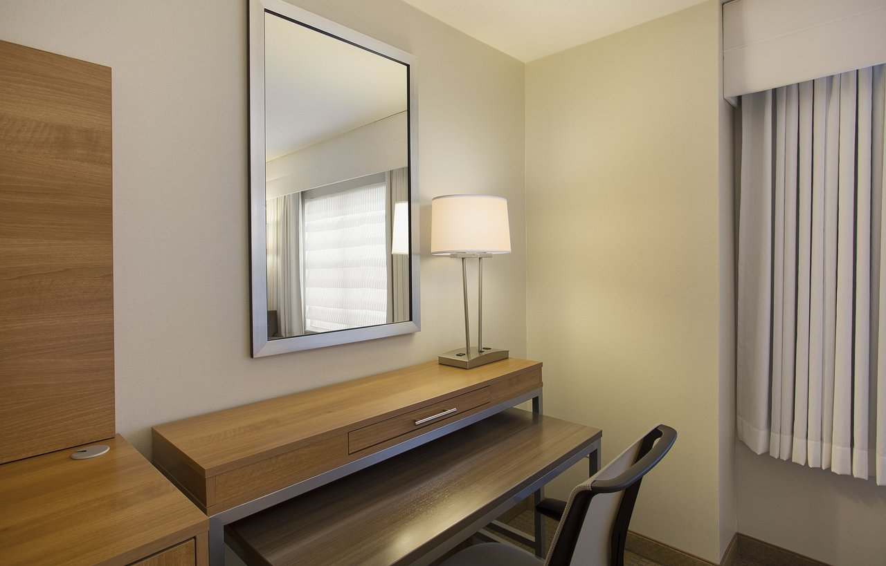 Miraculous Holiday Inn Grand Rapids Airport 86 127 Updated Download Free Architecture Designs Viewormadebymaigaardcom