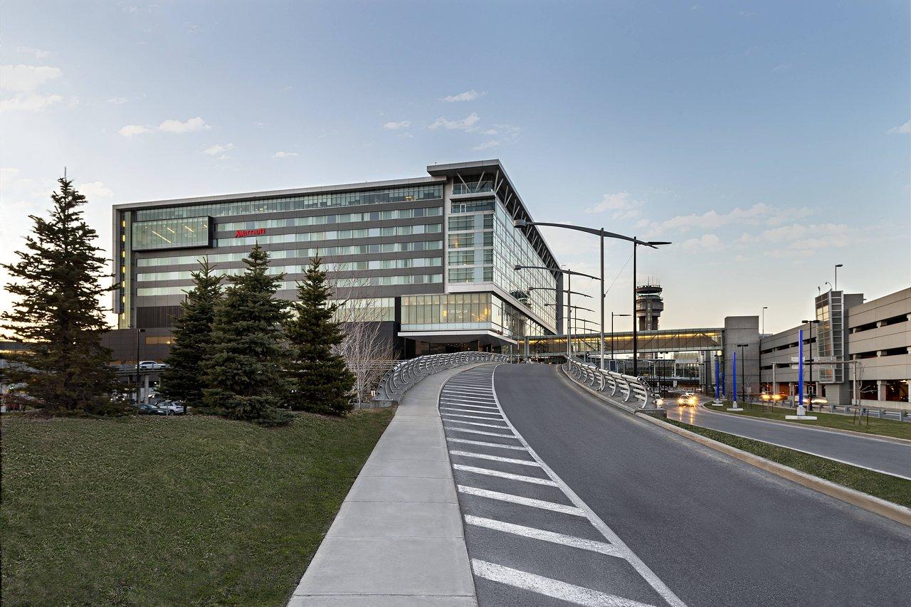 Montreal Airport Marriott In-Terminal Hotel - UPDATED 2019