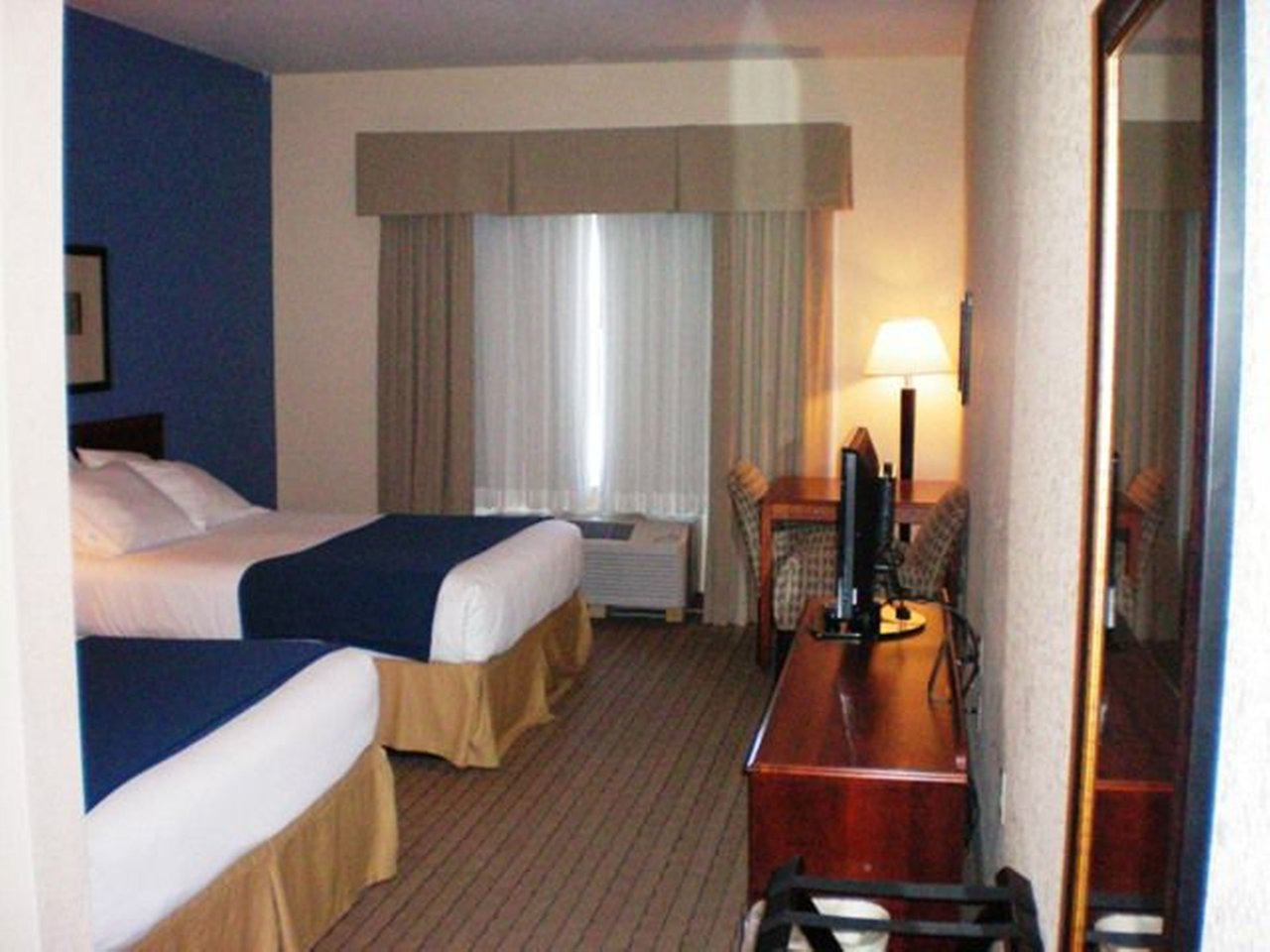 Holiday Inn Express Acme Traverse City 64 7 7 Prices