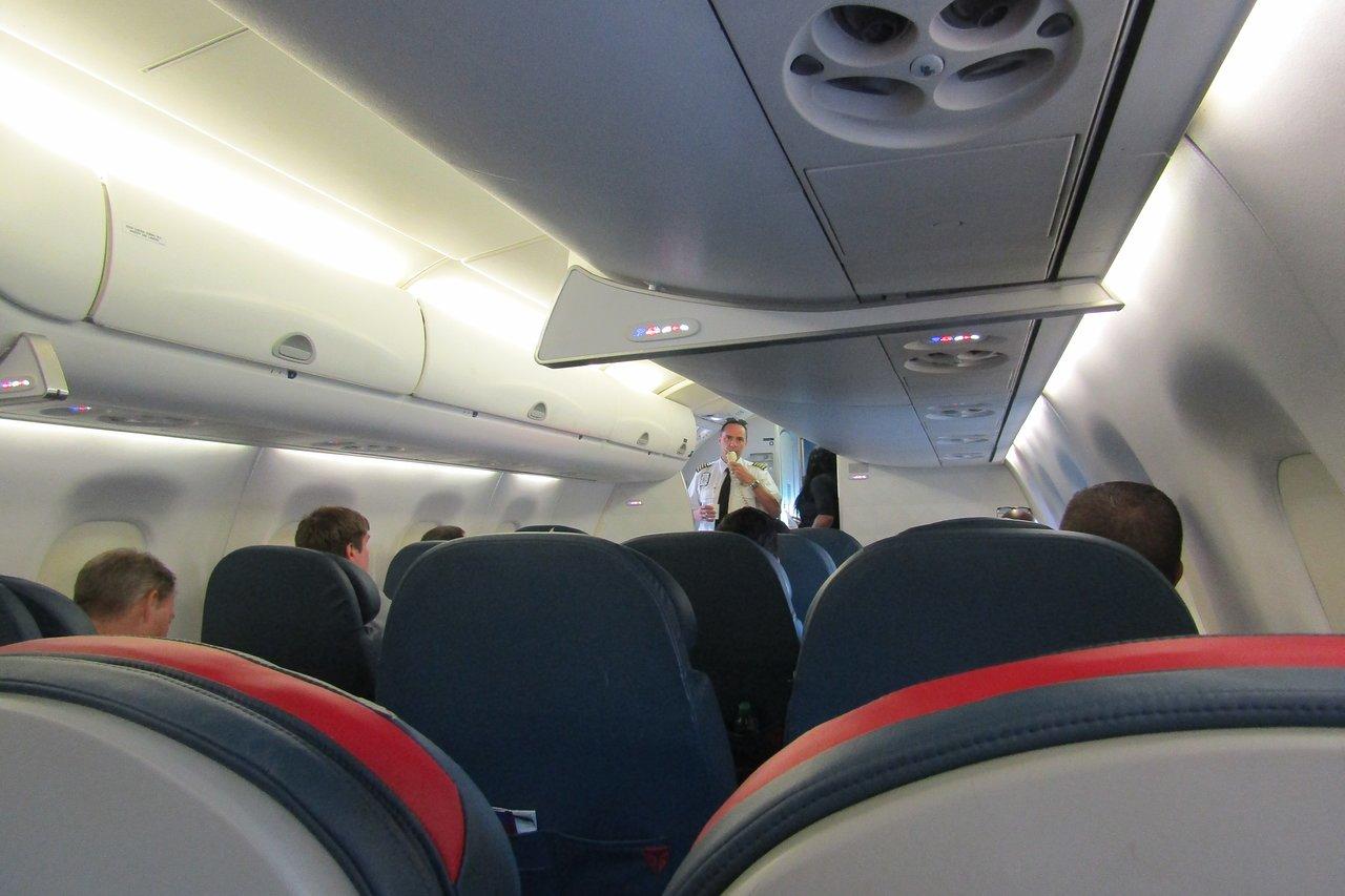Delta Air Lines Flights and Reviews (with photos) - TripAdvisor