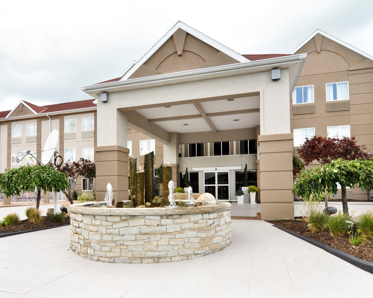 THE BEST Port Clinton Hotels on the Lake - Sept 2019 (with