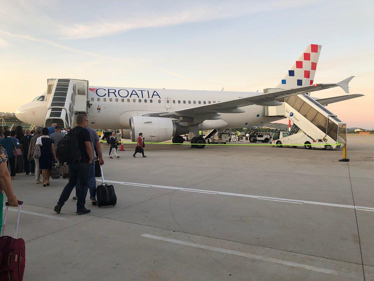 info pour 2e7e0 318ad Croatia Airlines Flights and Reviews (with photos) - TripAdvisor