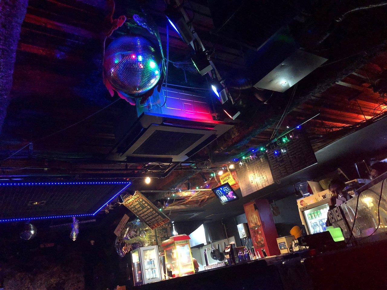 OSAKA DANCE CLUBS Bar-heaven