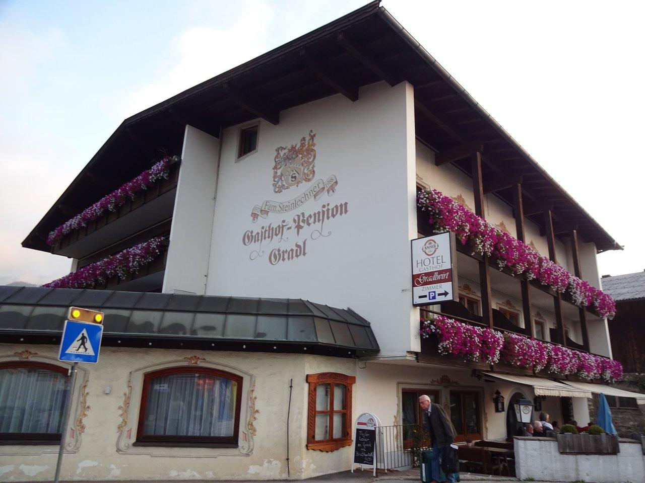 SPAR Niederndorf - 6342 - Dorf 62 | SPAR sterreich