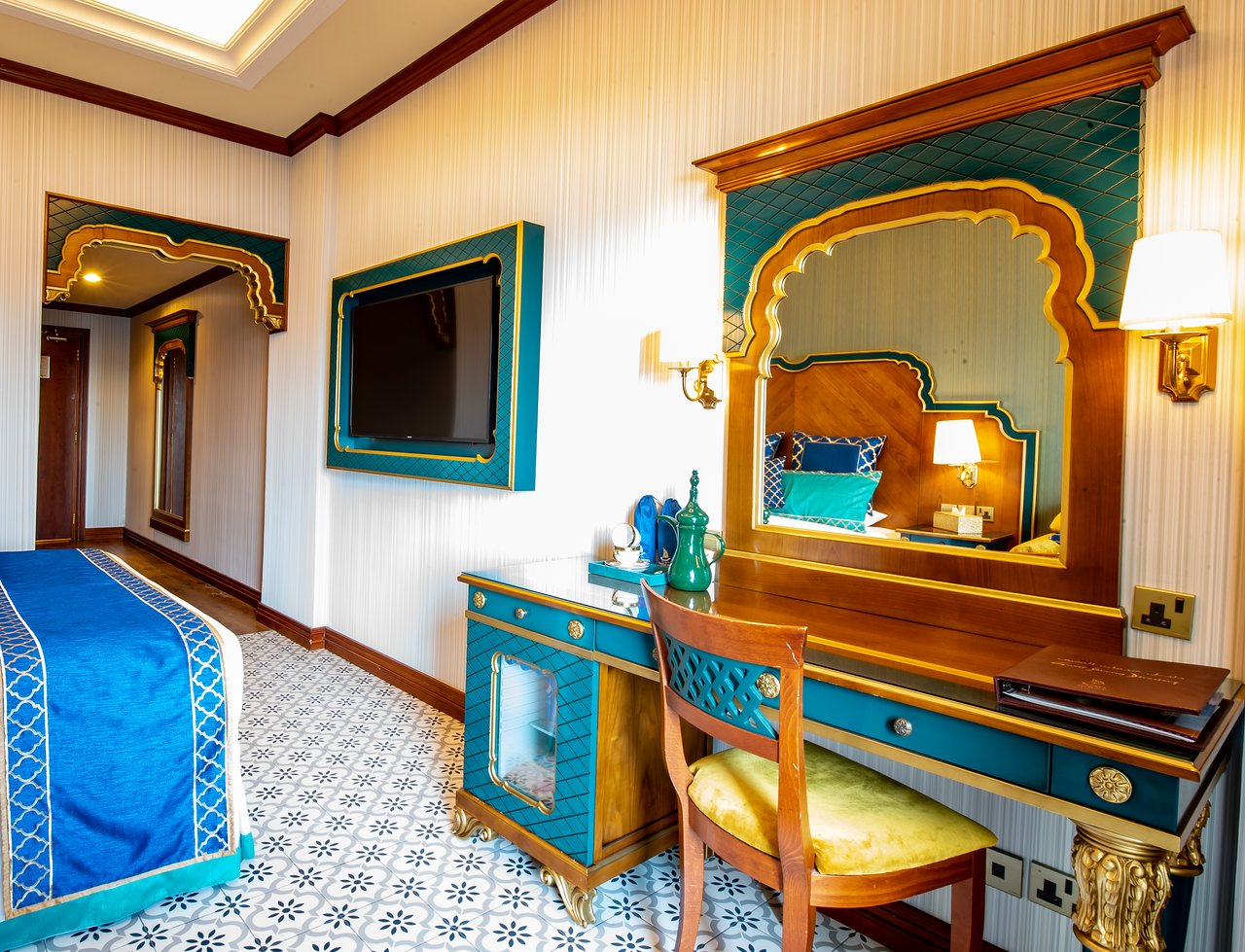 Riviera hotel 4 дубай отзывы 2018 аренда вилл на майорке с бассейном