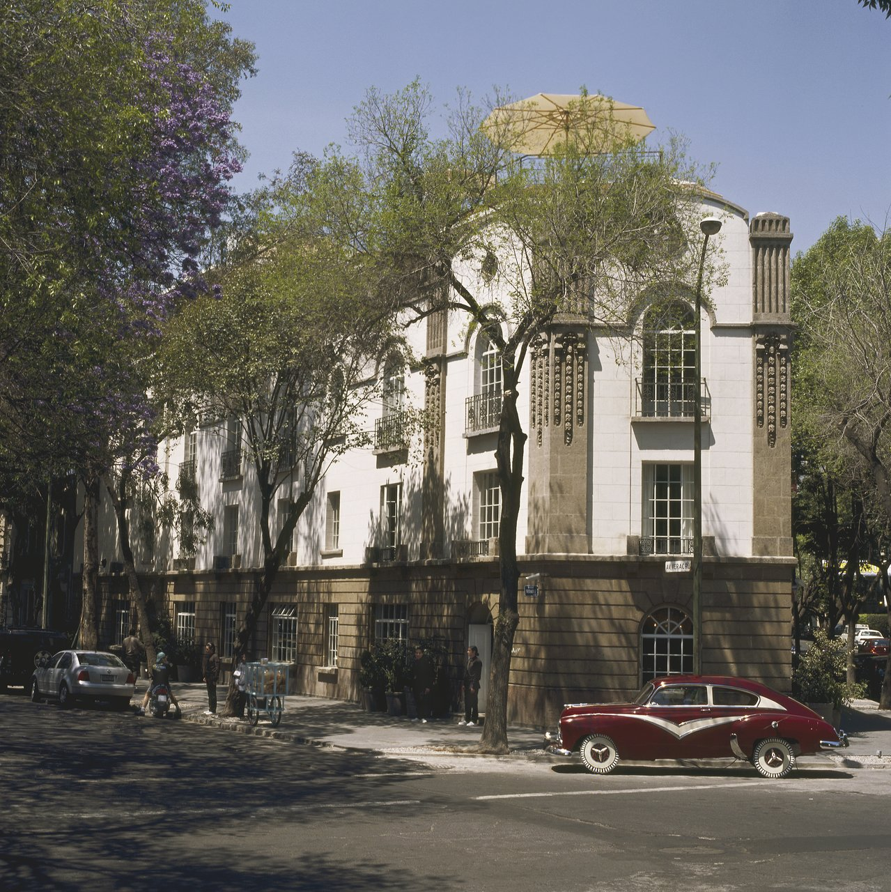 The 10 Closest Hotels To El Circulo Teatral Mexico City
