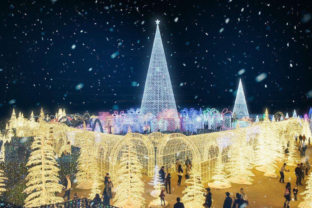 Enchant Christmas Seattle - 2020 All