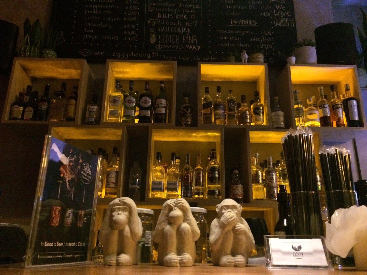 μπαρ στην Αθήνα