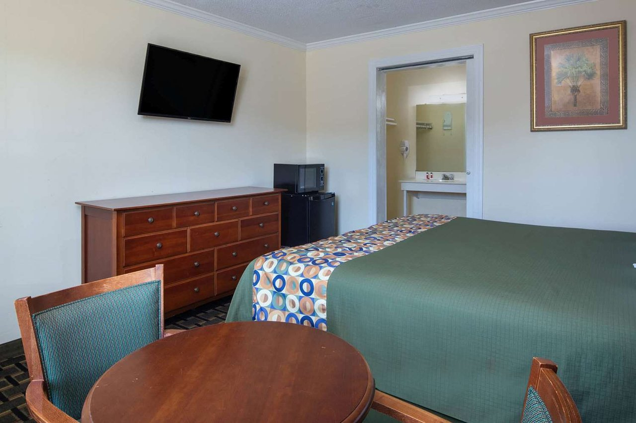 travelodgewyndham orangeburg - updated 2020 hotel