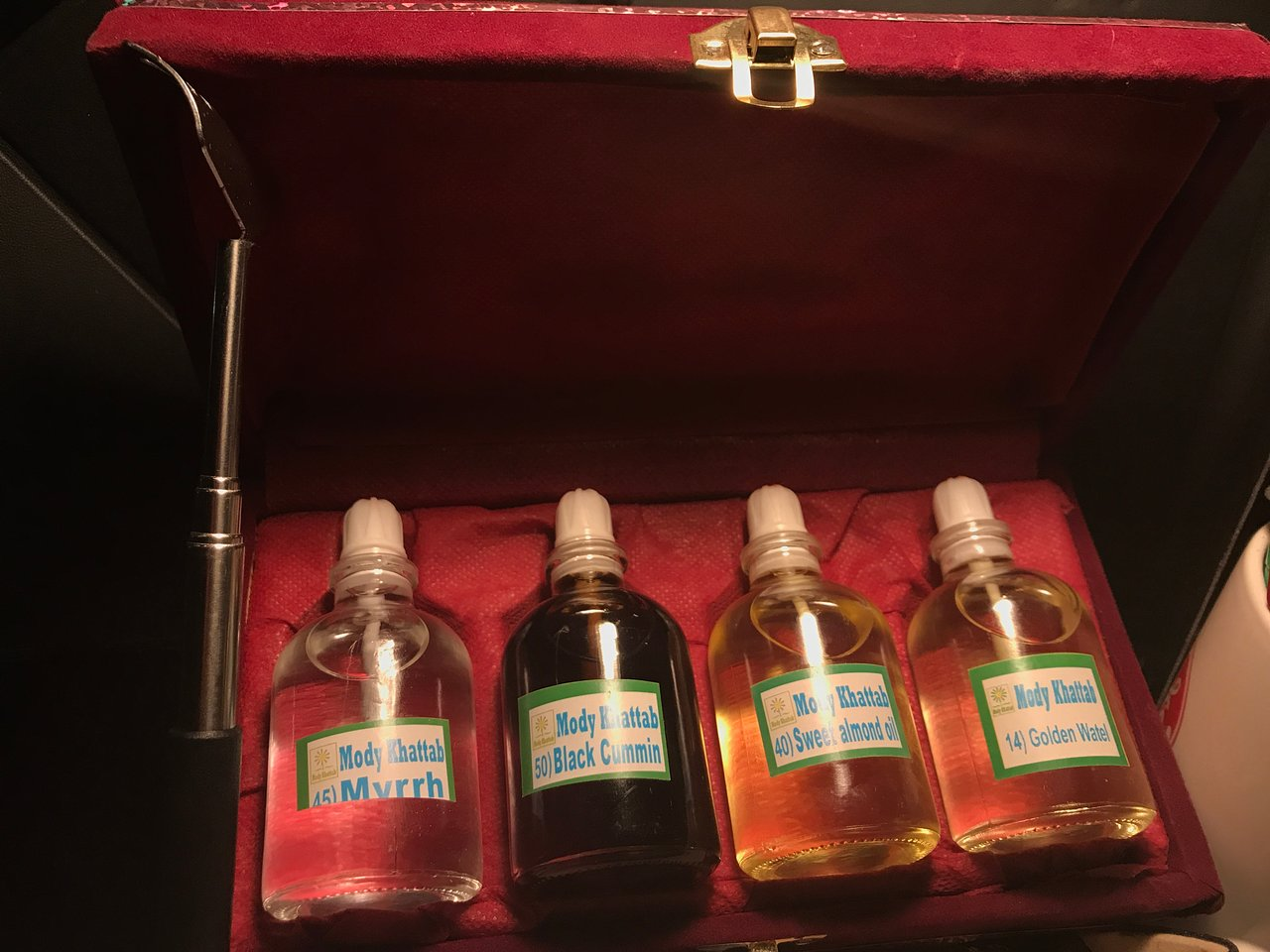 Storage fabrication natural perfumes and oils in souvenir cases