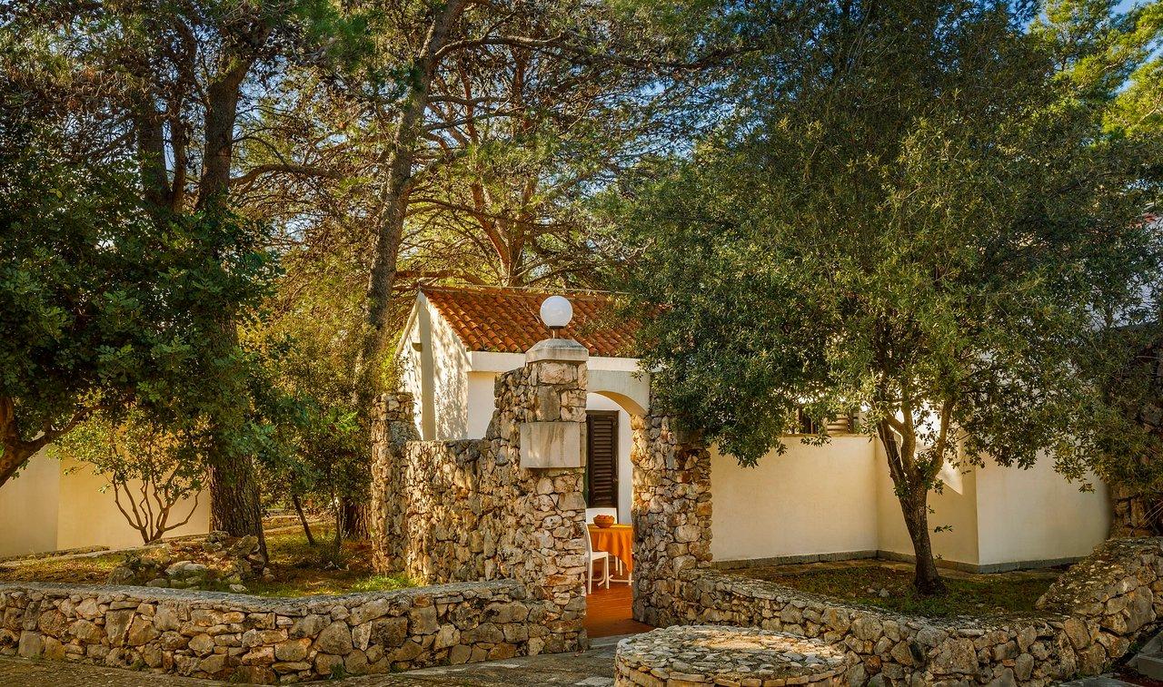 HELIOS SUNNY APARTMENTS BY VALAMAR Hotel (CroaziaIsola di