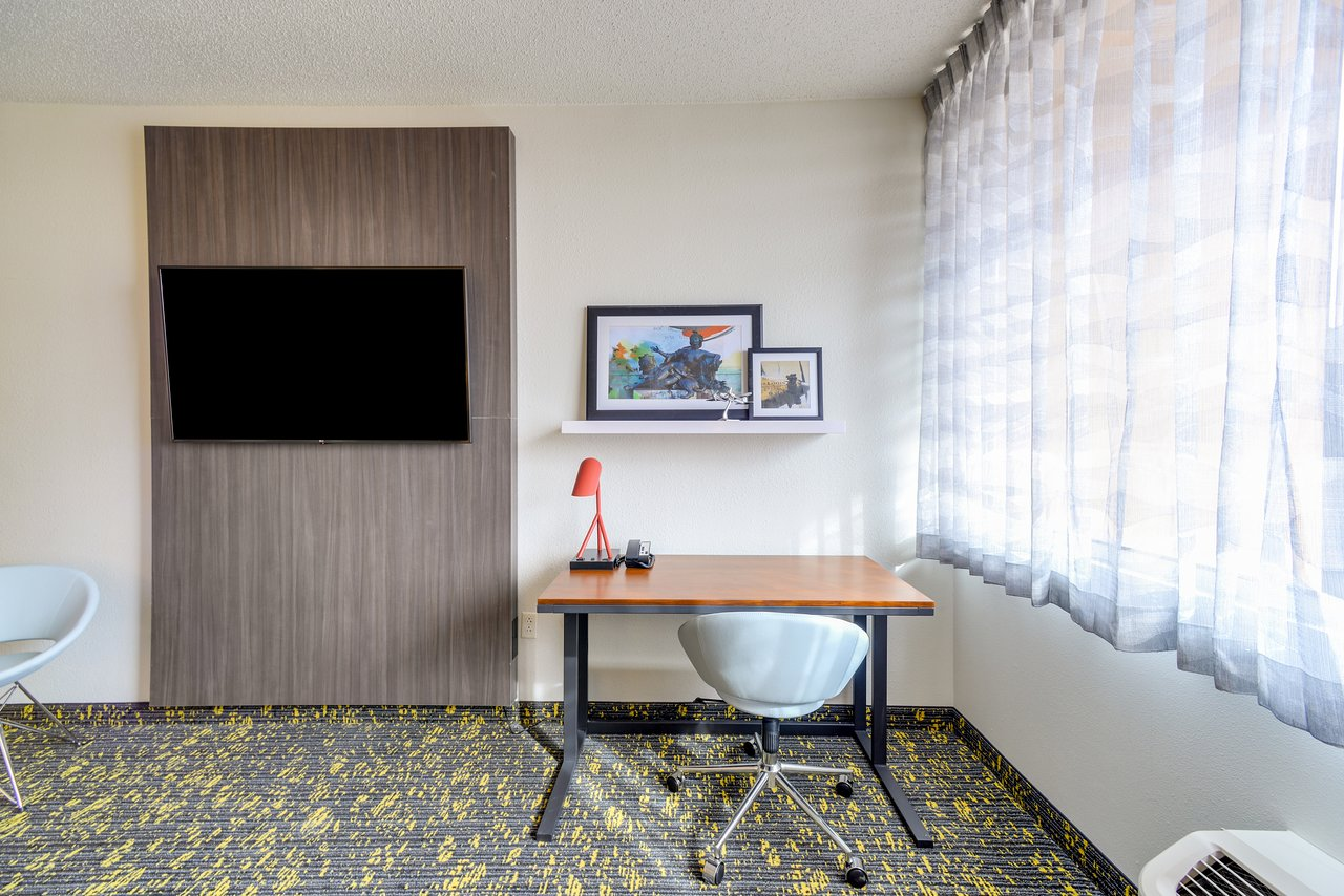 Hotel Rl St Louis Airport 97 1 3 9 Prices Reviews