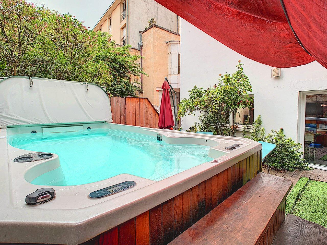 La Maison Des Deux Fées Bordeaux la maison de sebea - prices & condominium reviews (bordeaux