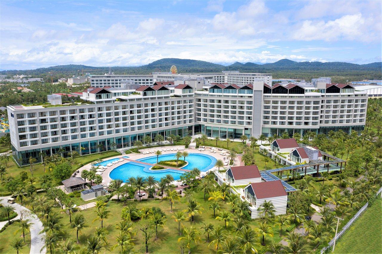 10 Khách sạn tốt nhất gần VinOasis Phu Quoc - Tripadvisor