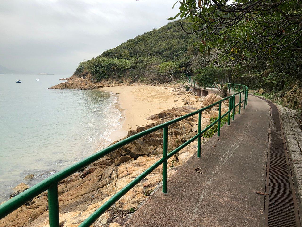 peng-yu-path-deserted.jpg
