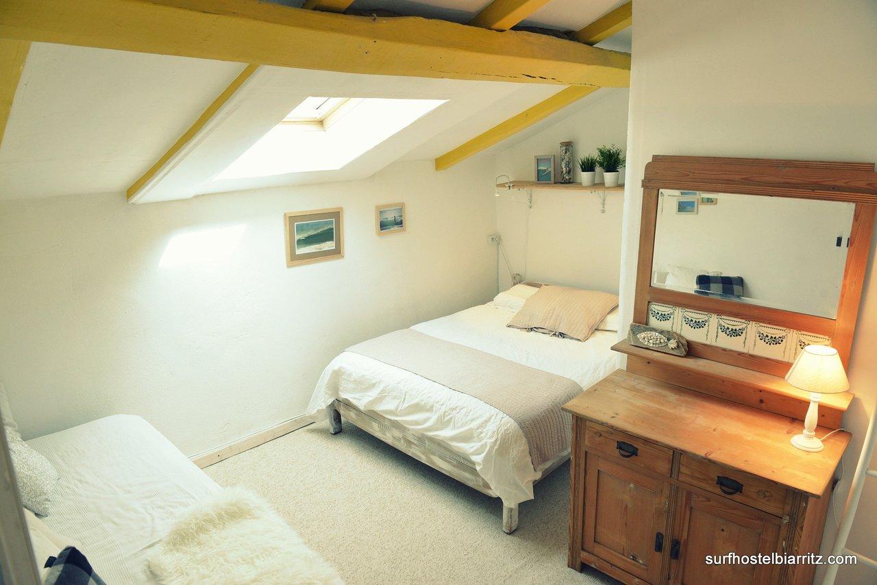 Poterie Goicoechea Pas Cher surf hostel biarritz bed & breakfast - prices & reviews