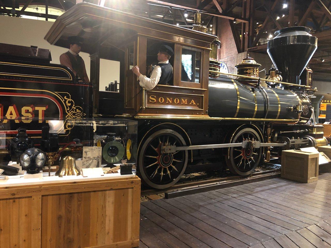 Railway Trains Traveller by Steam Locomotive Adult /& Kids T-Shirt
