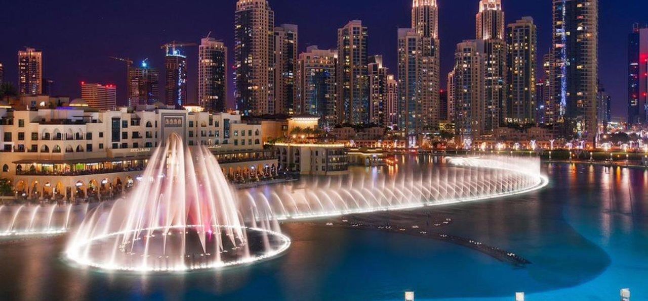 Dubai Fountain Show at the Burj Khalifa   Things to do with Kids in Dubai for Free