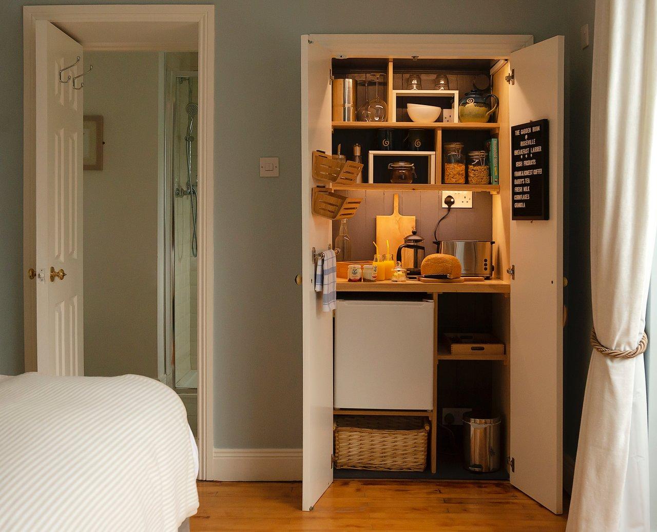 AVONMORE HOUSE - Prices & Guest house - TripAdvisor