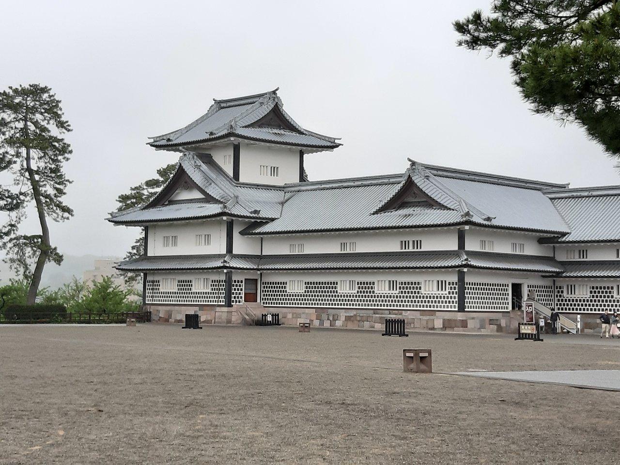 Teen girls in Kanazawa