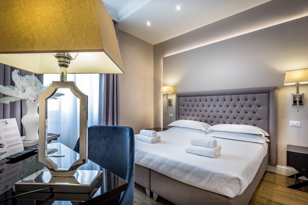Camera Matrimoniale A Ponte hotel emma $52 ($̶1̶6̶5̶) - prices & reviews - florence