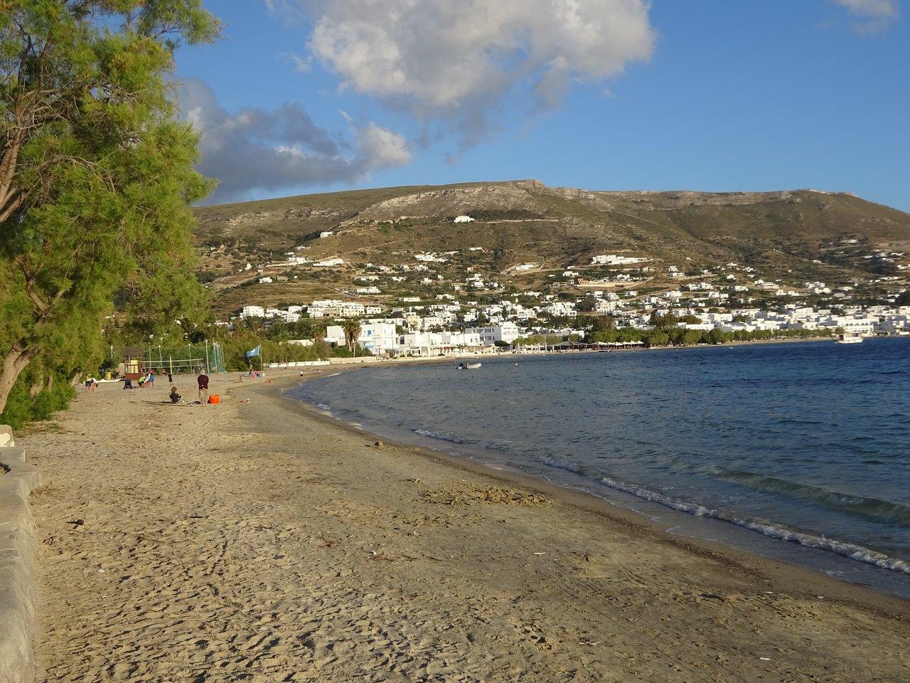 Παραλία Λιβάδια (Παροικιά, Ελλάδα) - Κριτικές - Tripadvisor