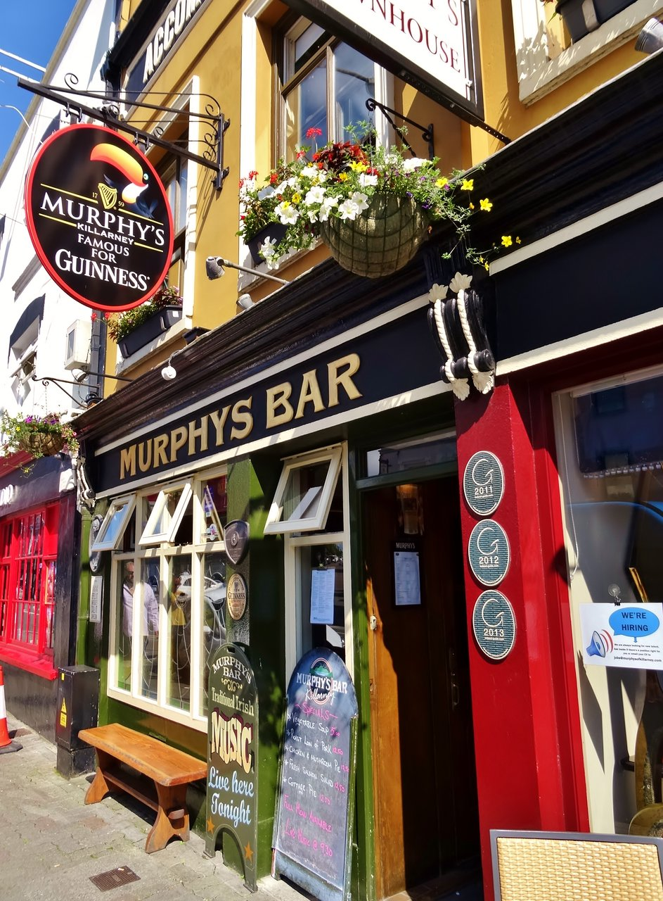 Ireland Travel Guide: Weekend in Killarney - Retro Flame