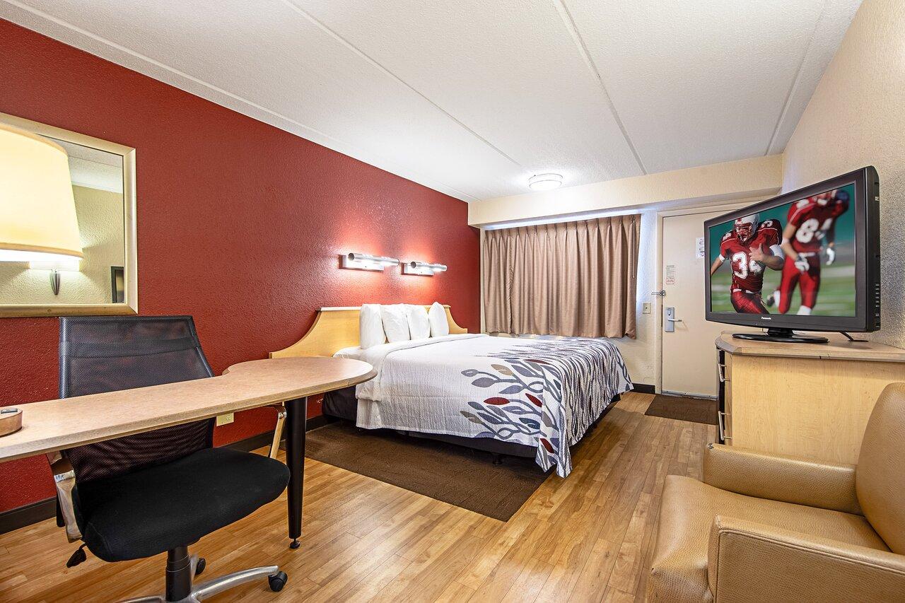 THE 10 CLOSEST Hotels to La Quinta Inn & Suites by Wyndham Rockford -  Tripadvisor - Find Hotels Near La Quinta Inn & Suites by Wyndham Rockford