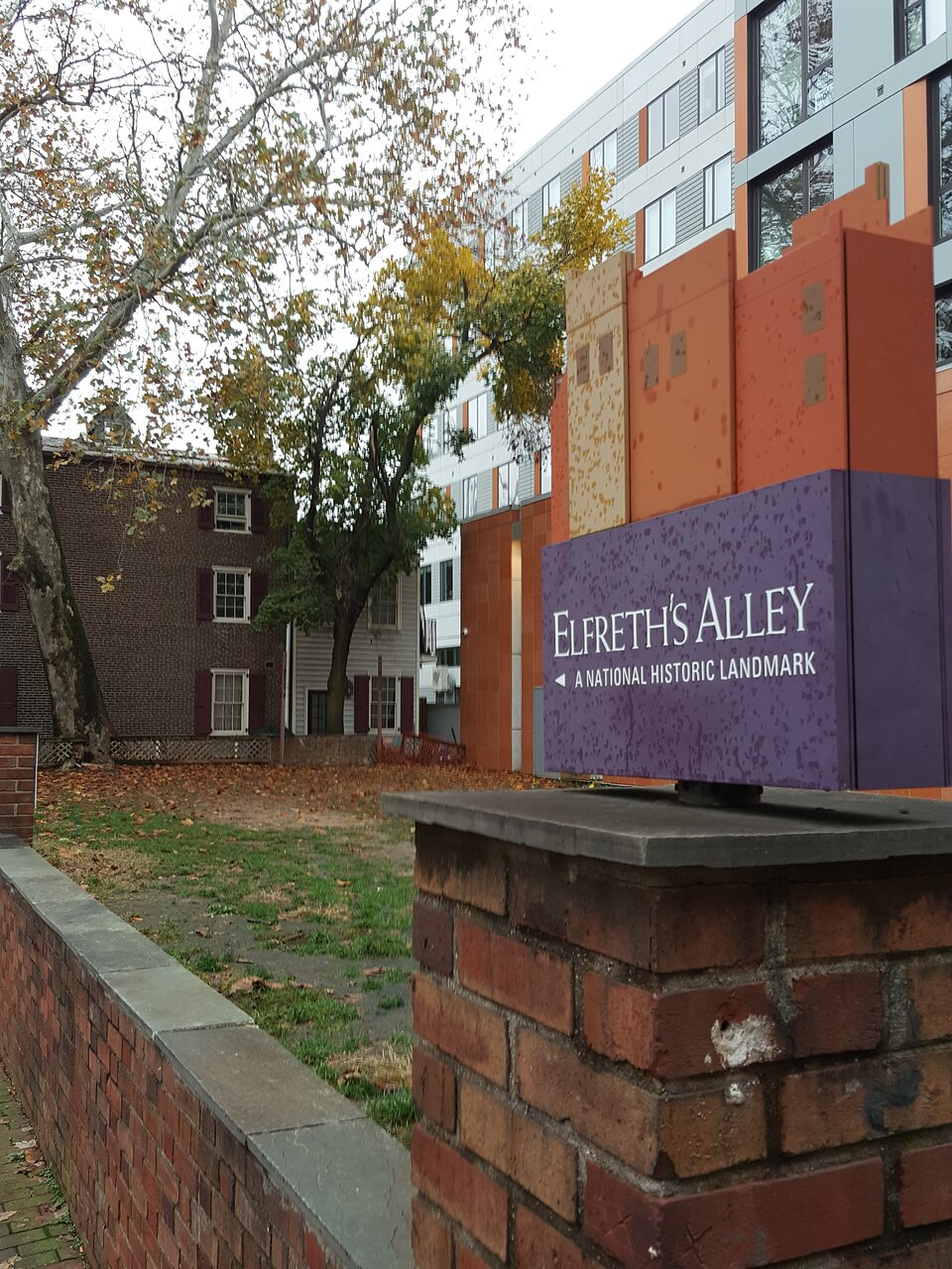 Elfreths Alley Christmas Open House Tour 2021
