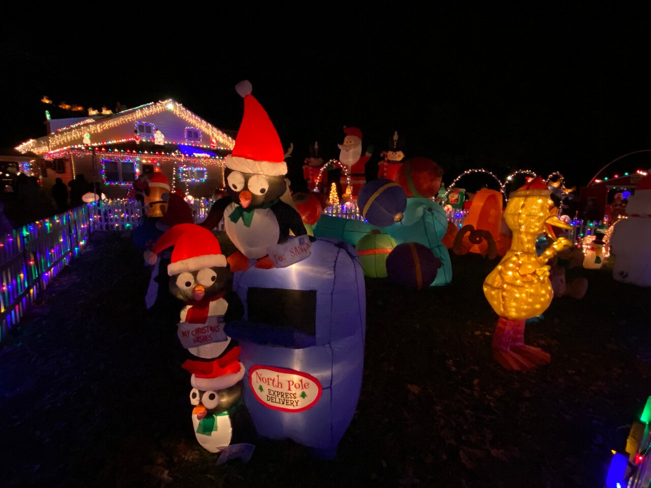 Top Of The Hill Christmas Lights Delaware 2021 Smith S Christmas Lights At Top Of The Hill Wilmington 2021 All You Need To Know Before You Go With Photos Tripadvisor