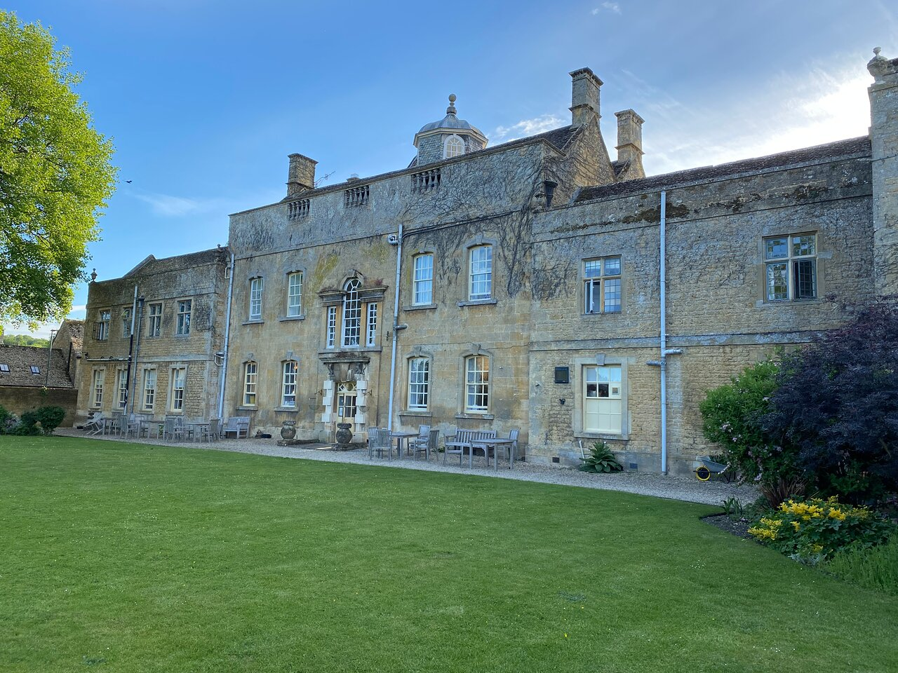 Bloody Bourton Walking Tour (Bourton-on-the-Water) - 2021 All You Need to  Know Before You Go (with Photos) - Bourton-on-the-Water, England |  Tripadvisor