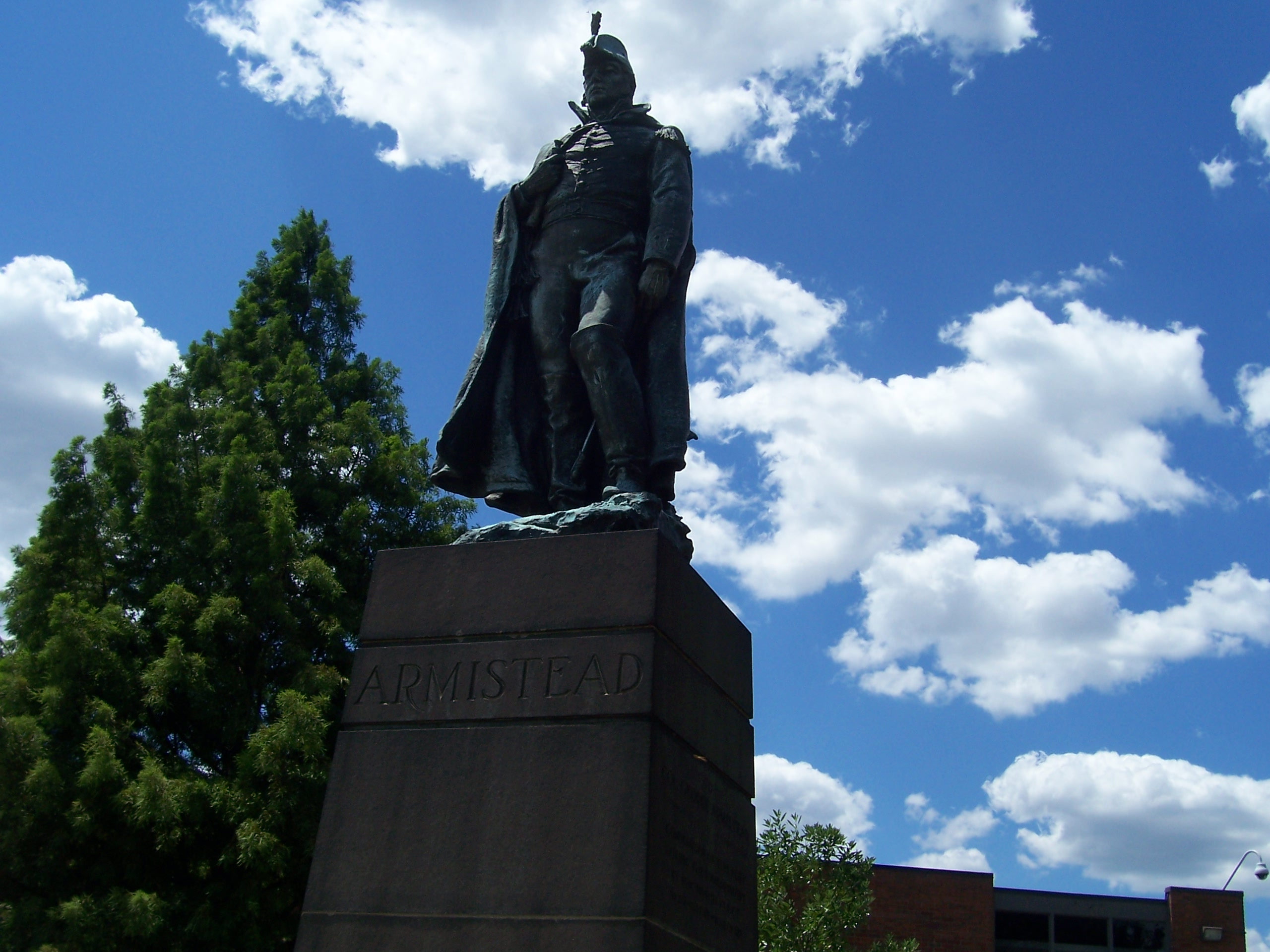 Armistead statue at visitor's center