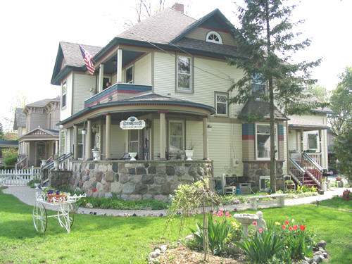 Holly Crossing Bed and Breakfast