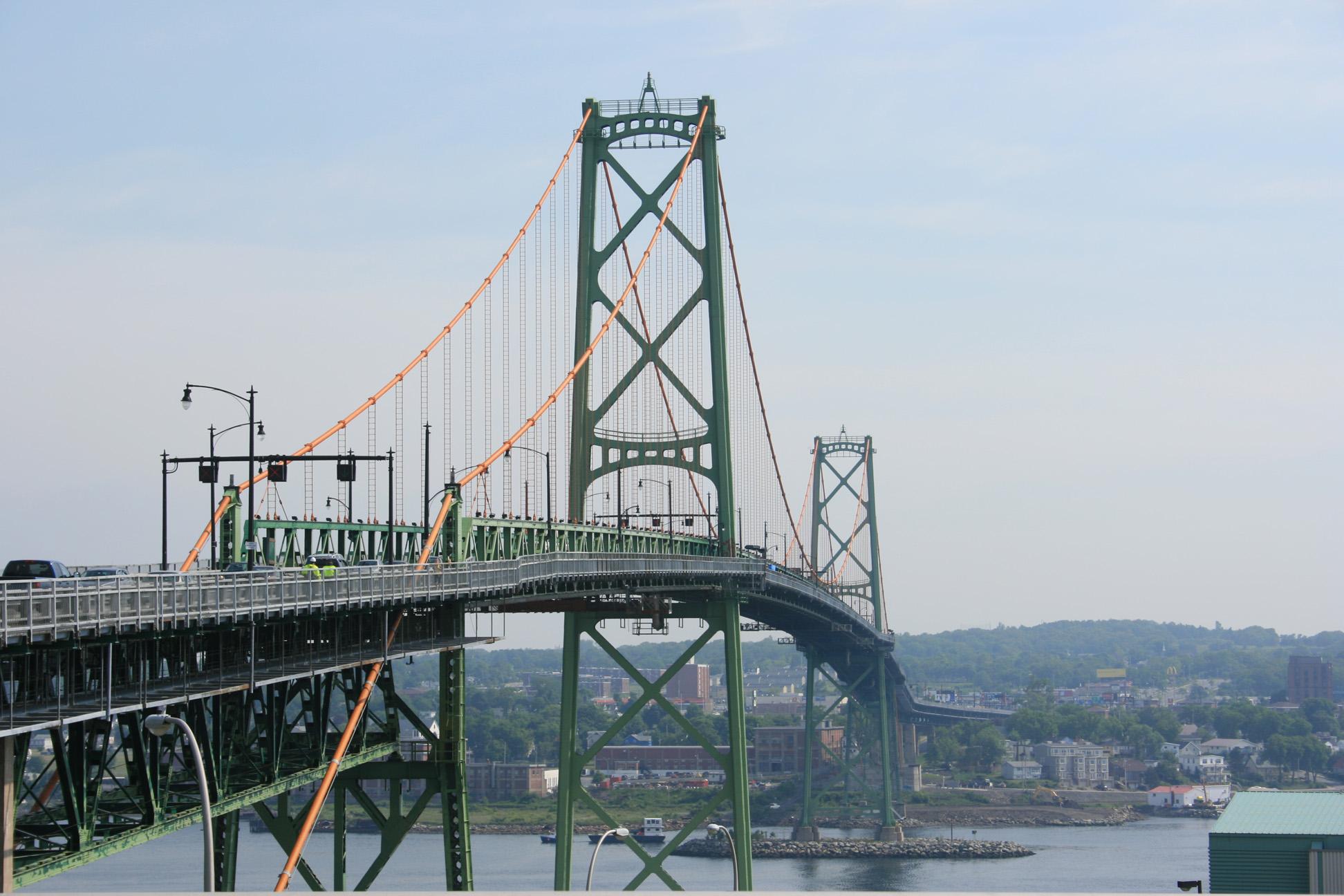 bridge to Dartmouth