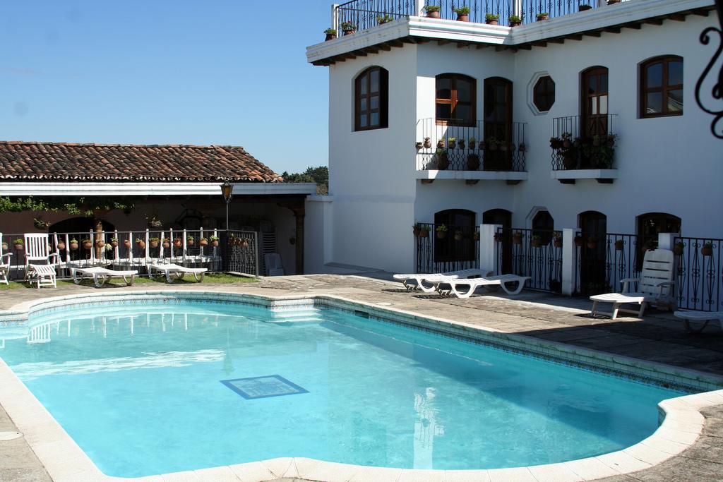 Santo Tomas Hotel