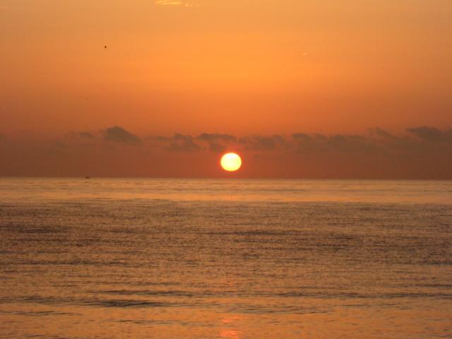 Sunrise on Ft. Lauderdale Beach - Feb 2008