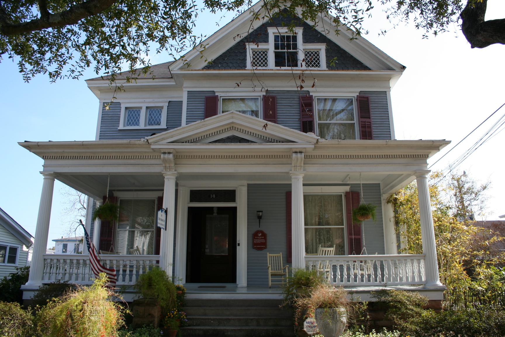 Taylor House Inn