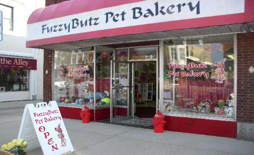 ‪FuzzyButz Pet Bakery‬