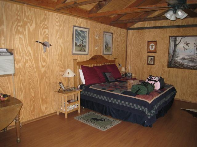 Paluxy River Bed Cabins