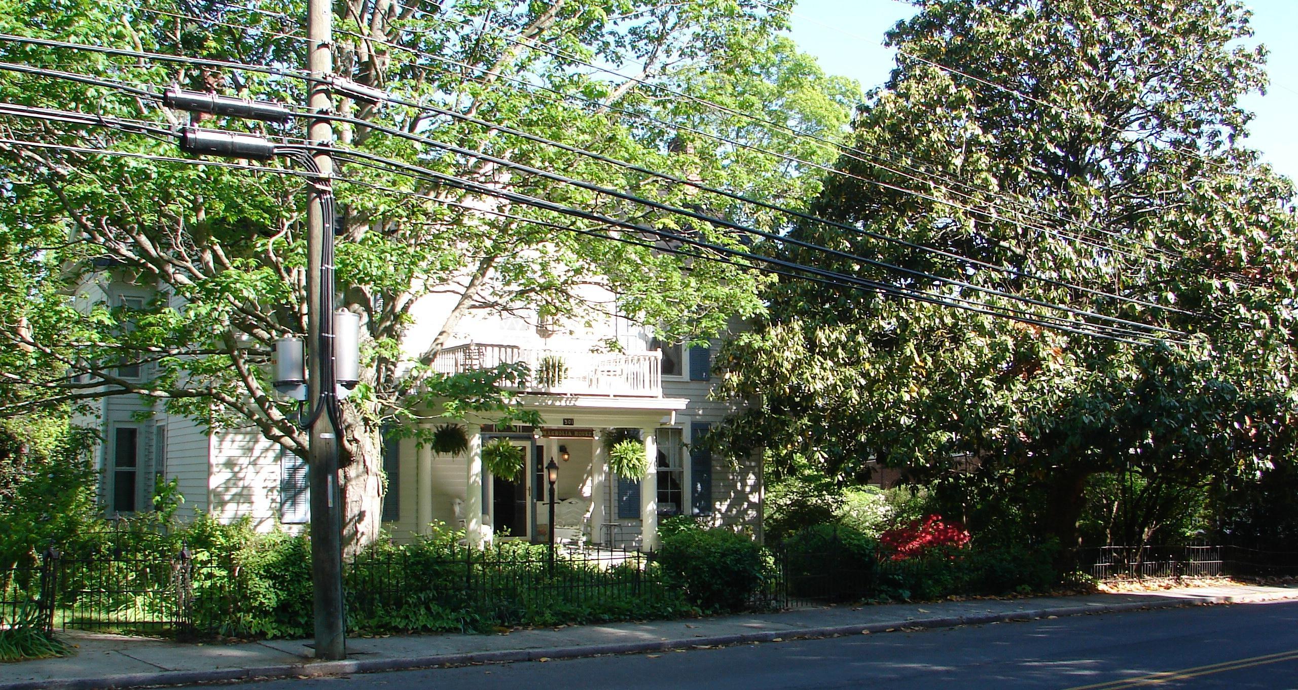 1868 Magnolia House Inn
