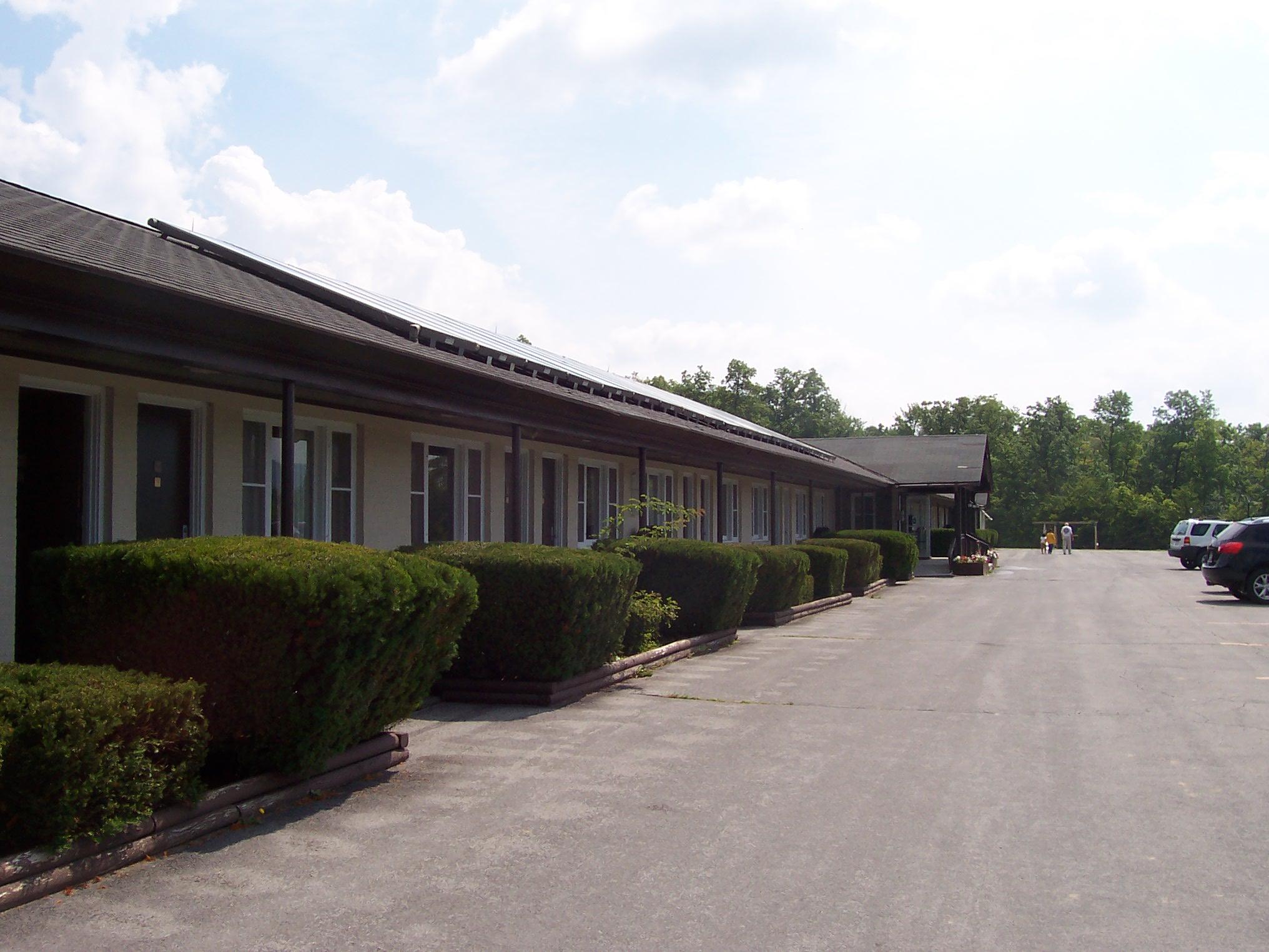 Howe Caverns Motel