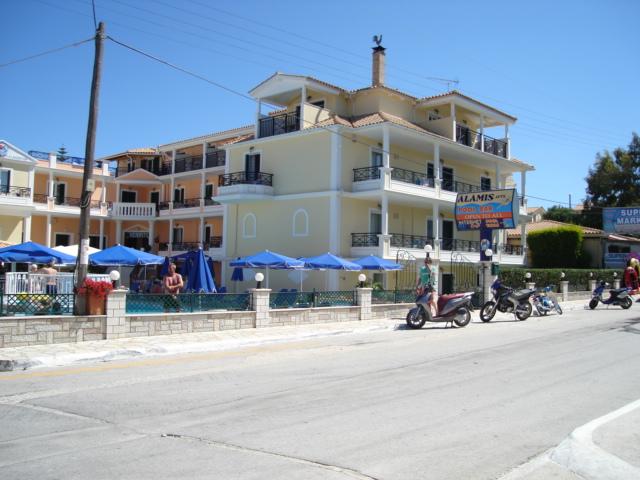 Alamis Apartments