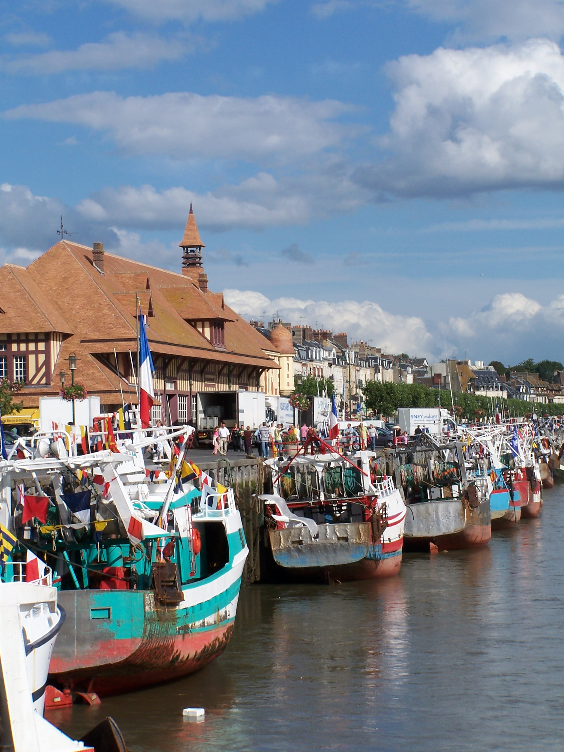 Things To Do in Le Bac de Trouville Deauville, Restaurants in Le Bac de Trouville Deauville
