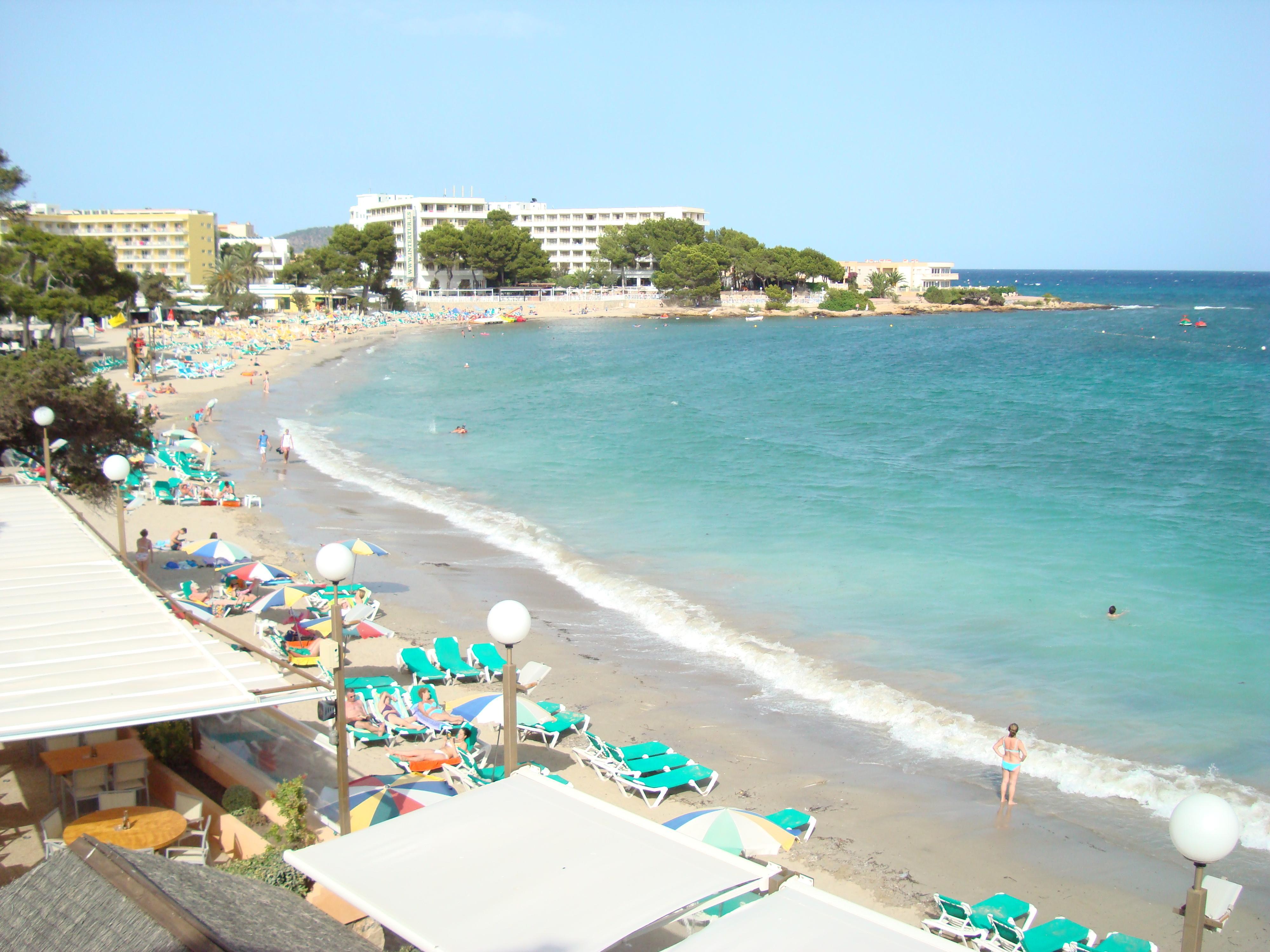 Apartamentos Playa Es Cana