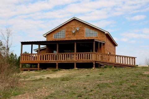 The Backwoods Lodge and Cabins
