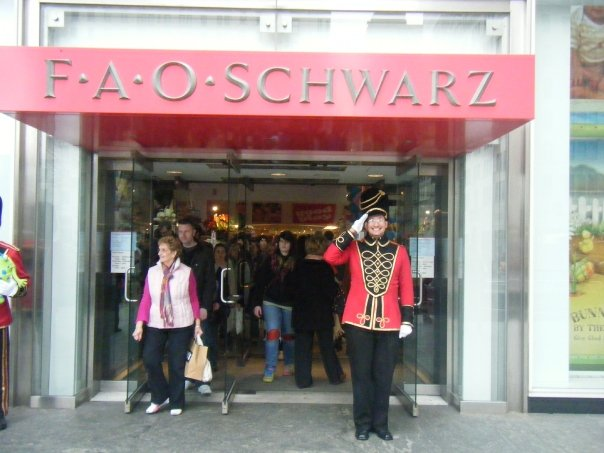 Fao schwarz new york city all you need to know before you go all photos 664 sciox Image collections