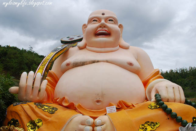 budai-the-laughing-fat.jpg