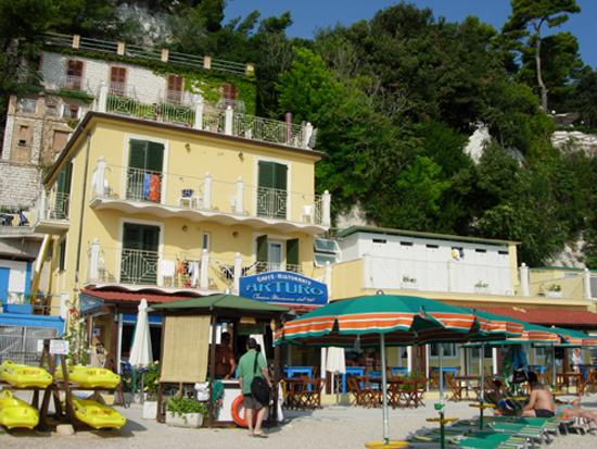 Hotel residence arturo sirolo marche prezzi 2017 e for Hotel meuble la spiaggiola numana