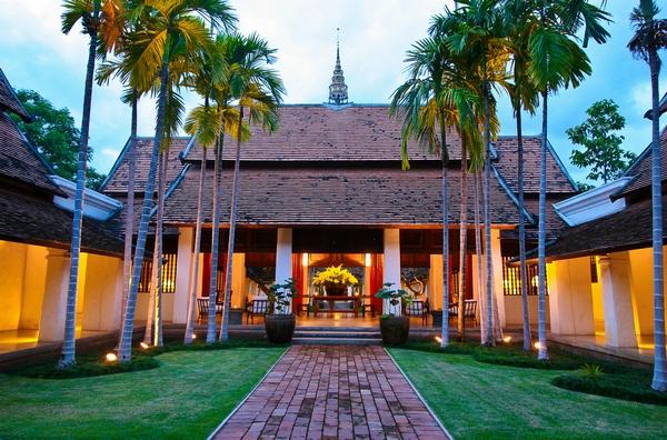 拉差曼哈酒店